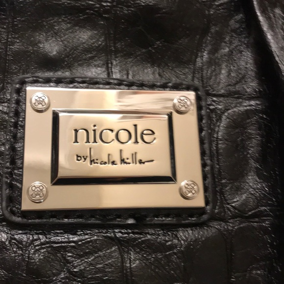 Nicole by Nicole Miller Handbags - NWOT Nicole Miller Shoulder Bag